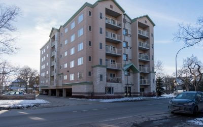 501-330 Stradbrook Avenue, Winnipeg, MB $278,900